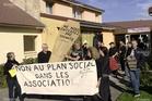 contratsaides_manifestation-contre-la-suppression-des-emplois-aides-au-centre-leo-lagrange-photo-jean-charles-ole-1508335968-epinal2.jpg